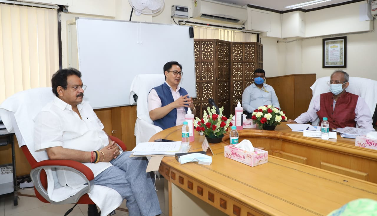 Arbitration Council of India and New Delhi International Arbitration Centre needs to be set up to achieve PM's vision to develop India as an international arbitration hub : says Law Minister Shri Kiren Rijiju