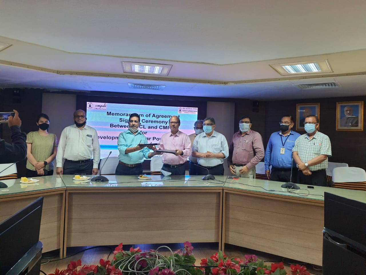 CMPDI and CCL ink MoA for development of Solar Power Projects
