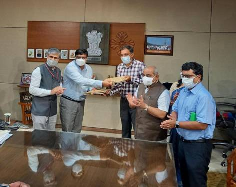 MoU signed between Institute of Teaching and Research in Ayurveda (ITRA) and Government of Gujarat