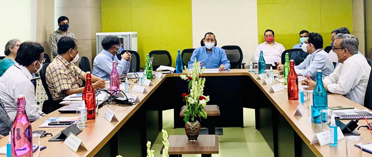 Union Minister Dr. Jitendra Singh asks DST to set up a world class India's first National S&T Research University