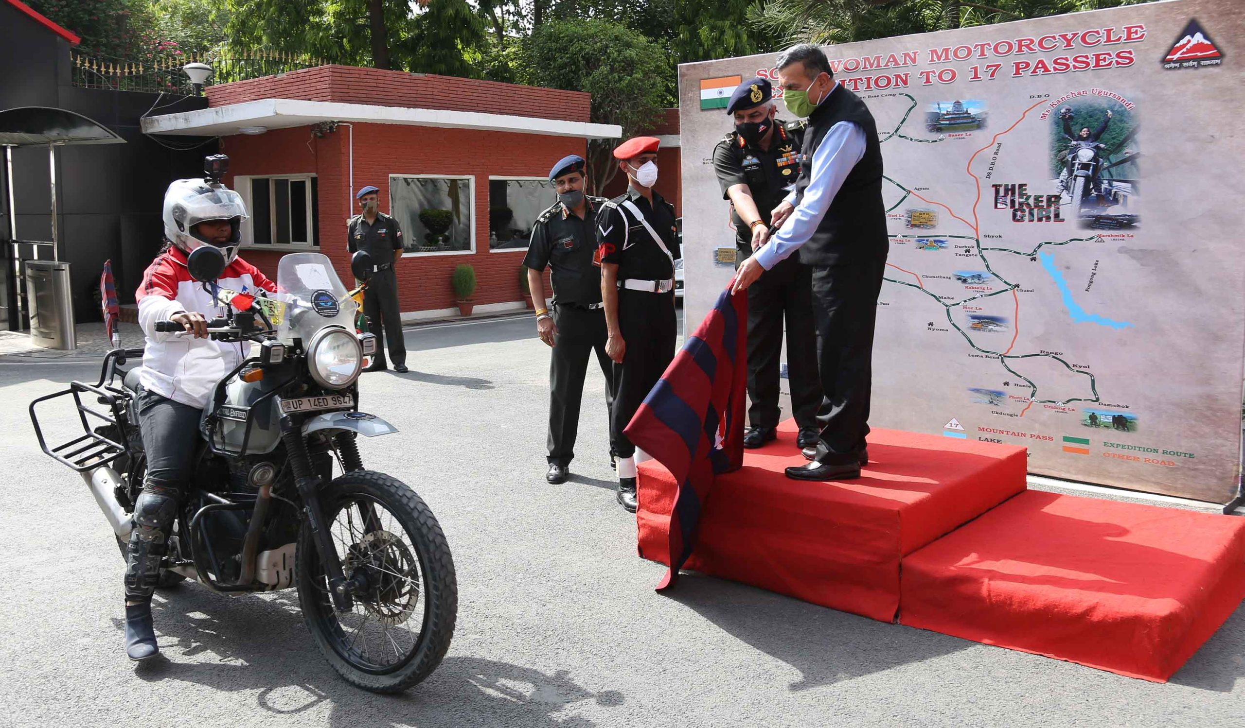 World's first solo motorcycle expedition in Northern Himalayan passes culminates