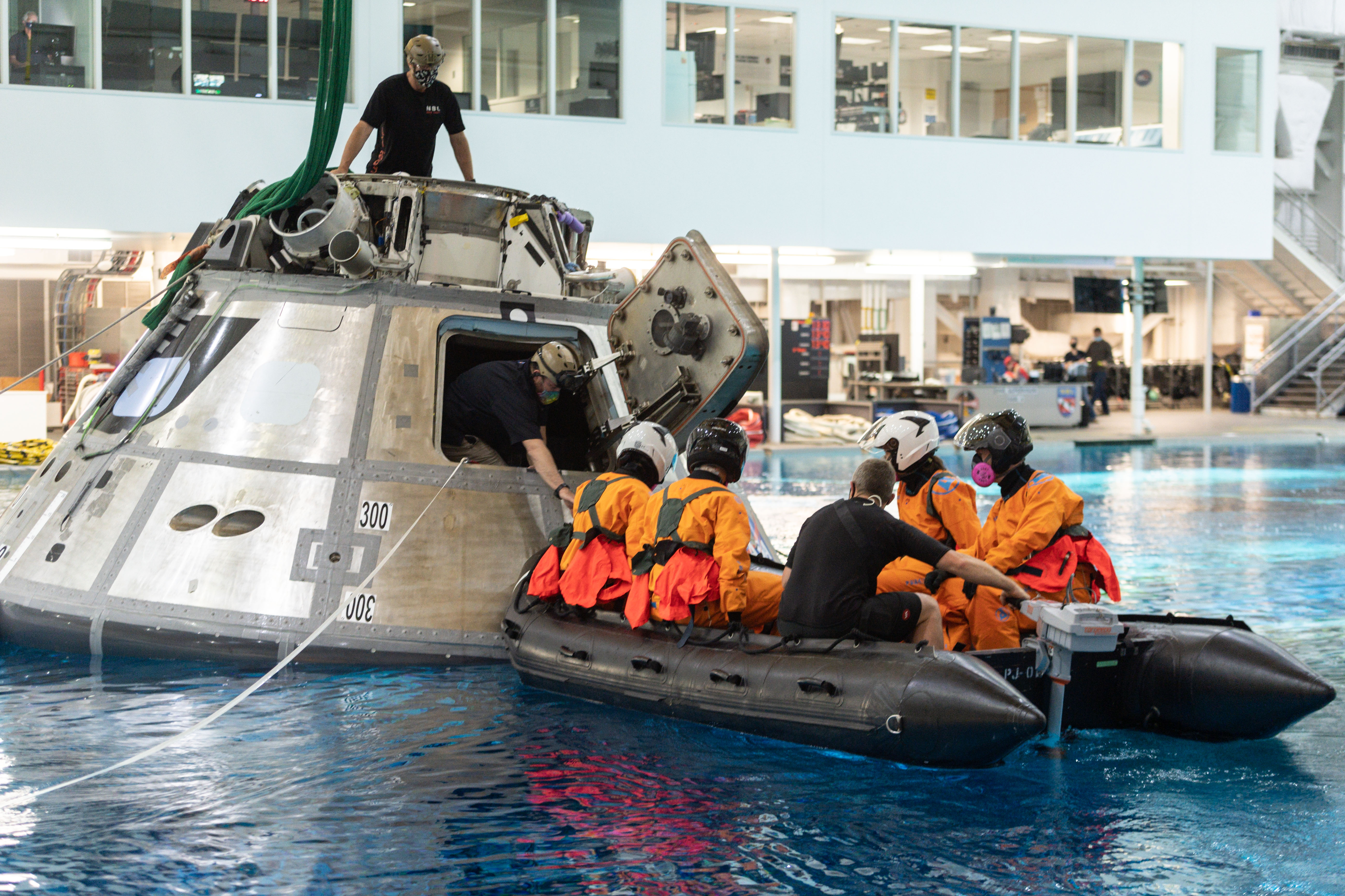 SpaceX Crew 3's Water Survival Training
