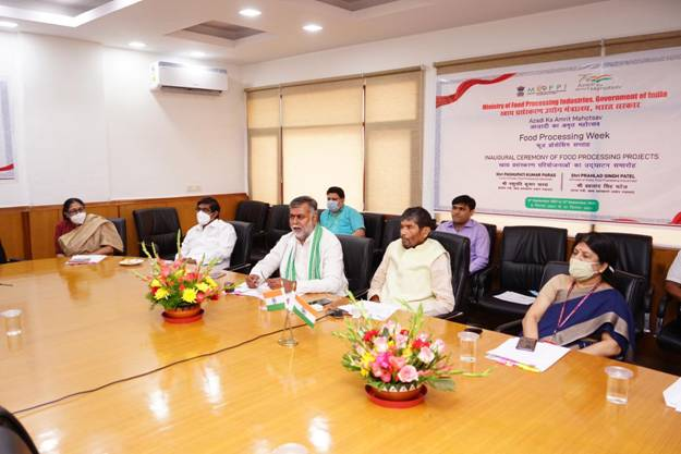 Union Minister for Food Processing Industries, Shri Pashupati Kumar Paras and Minister of State for Food Processing Industries, Shri Prahlad Singh Patel virtually inaugurate 7 Food Processing projects