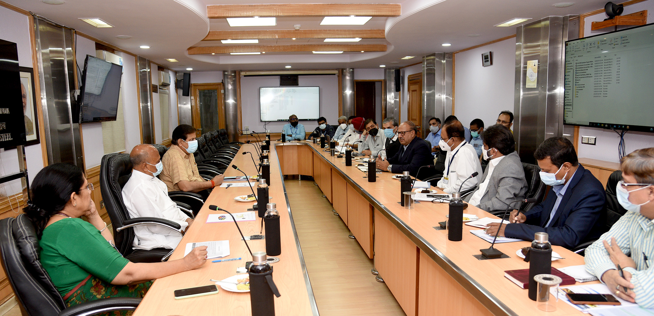 Union Steel Minister calls for Creation of an Ecosystem for Coal Gasification and Development of Indigenous Technology; Deliberates with Stakeholders for promoting Coal Gasification