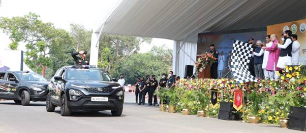 Union Minister of Home Affairs and Minister of Cooperation Shri Amit Shah flagged-off an All India Car Rally of National Security Guard (NSG), 'Sudarshan Bharat Parikrama' from the historic Red Fort in Delhi on the occasion of 'Azadi Ka Amrit Mahotsav' on the occasion of 75th anniversary of the country's Independence
